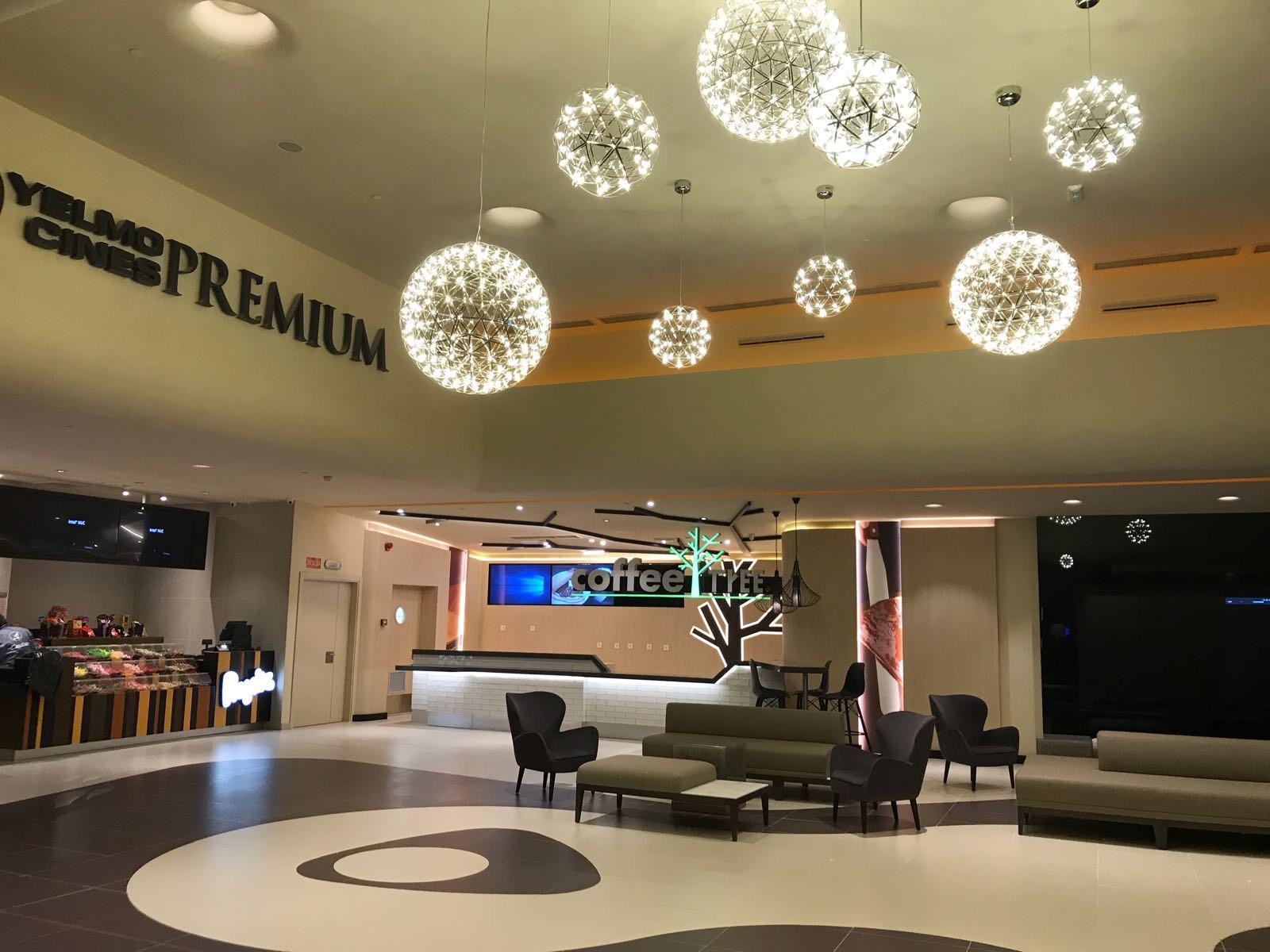 Opincan - Salas de cine Yelmo en el Centro Comercial Alisios 14