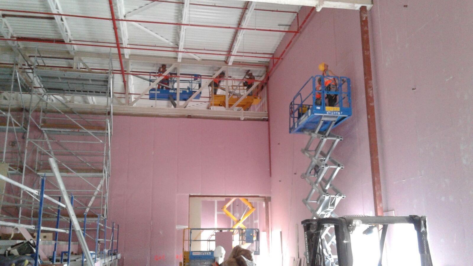 Opincan - Salas de cine Yelmo en el Centro Comercial Alisios - Obras 24
