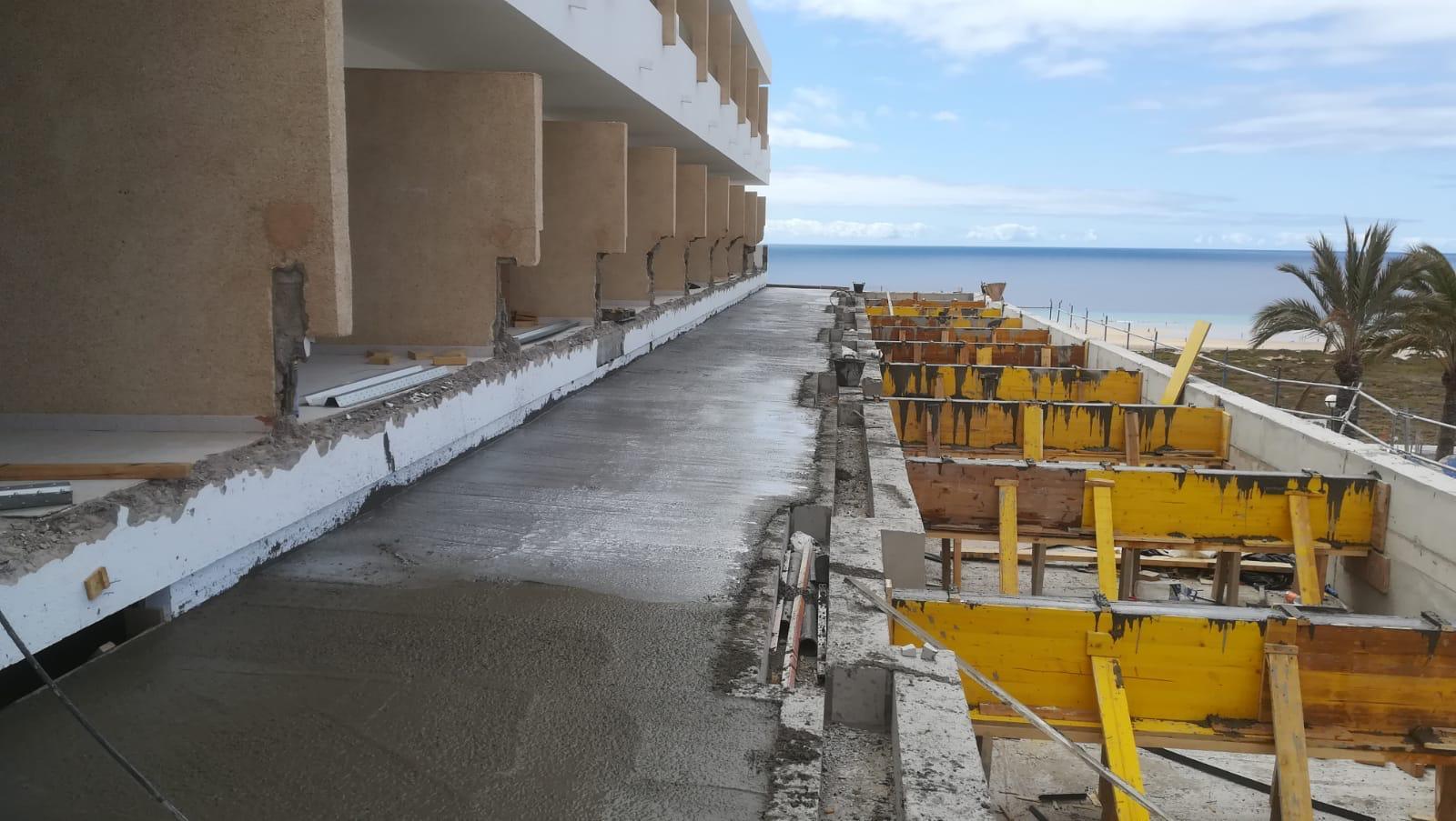 Opincan - HOTEL SBH MAXORATA RESORT - Obras piscina 05