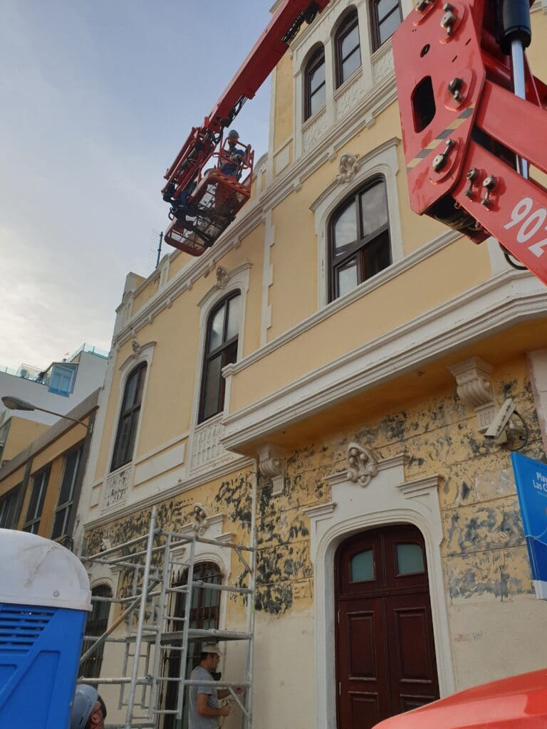 Opincan - Conservación de fachadas Subdelegación de Defensa de Las Palmas.