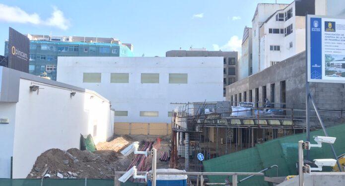 Finalización de Biblioteca municipal Josefina de la Torre.