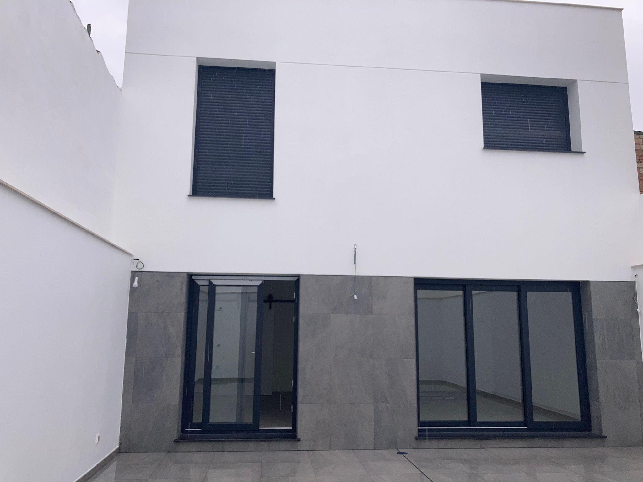 Reforma vivienda unifamiliar en calle Honda del Pozo. Granada